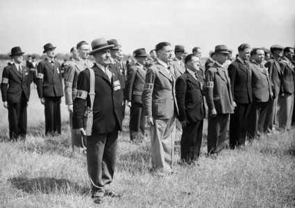 First World War veterans in the LDV line up for inspection, 1 July 1940
